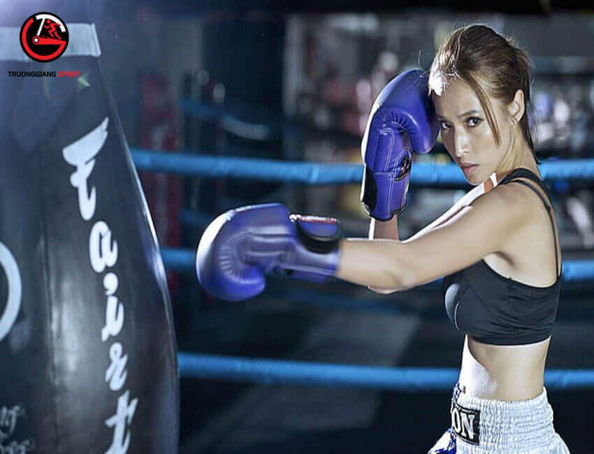 Mách nhỏ bạn cách khử mùi và bảo quản găng tay boxing đúng cách